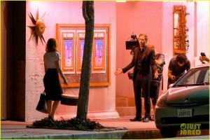 Emma Stone and Ryan Gosling shoot an emotional scene for 'La La Land'