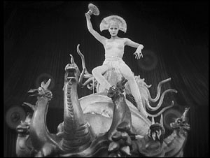 Metropolis GIFs - Find & Share on GIPHY